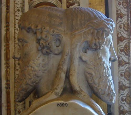 El dios romano Jano (estatua del Museo Vaticano)