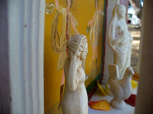 Estatatuillas representado a las divinidades conocidas como Lares