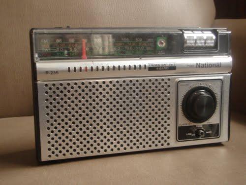 Una Radio National R-235 de la década del 60