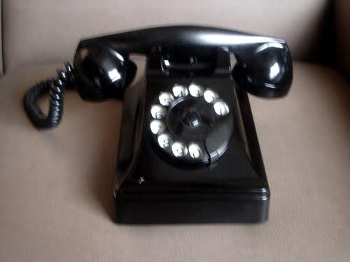Un teléfono de los 50 fabricado en Bélgica