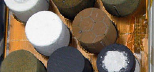 Mezcla de partículas de alúmina a nanoescala con politetrafluoroetileno